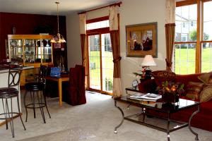Lockwood Living Room Dining Room